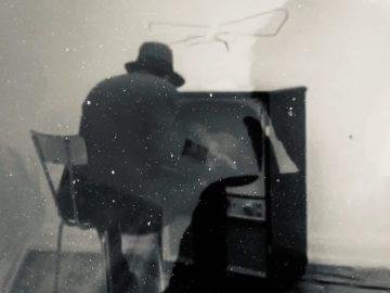 "Ivo Bonacorsi, Untitled ""d'après Joseph Beuys Felt- tv 1970"" / Bez naslova, ""prema Filc Tv-u Josepha Beuysa 1970."" (2005. – 2020.)"