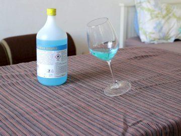 Giancarlo Norese, Alcolico Azzurro / Plavi alkohol, 2020.